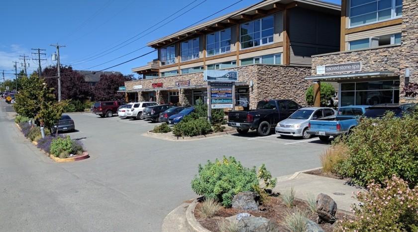 2017-07-31 The Shore parking lot